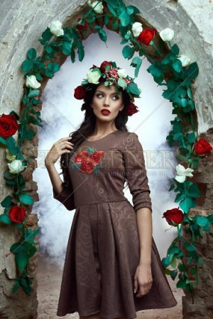 Rochie StarShinerS Brodata Rose Blossom Brown